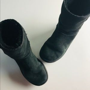 Ugg Black Classic Short Boots Size 6